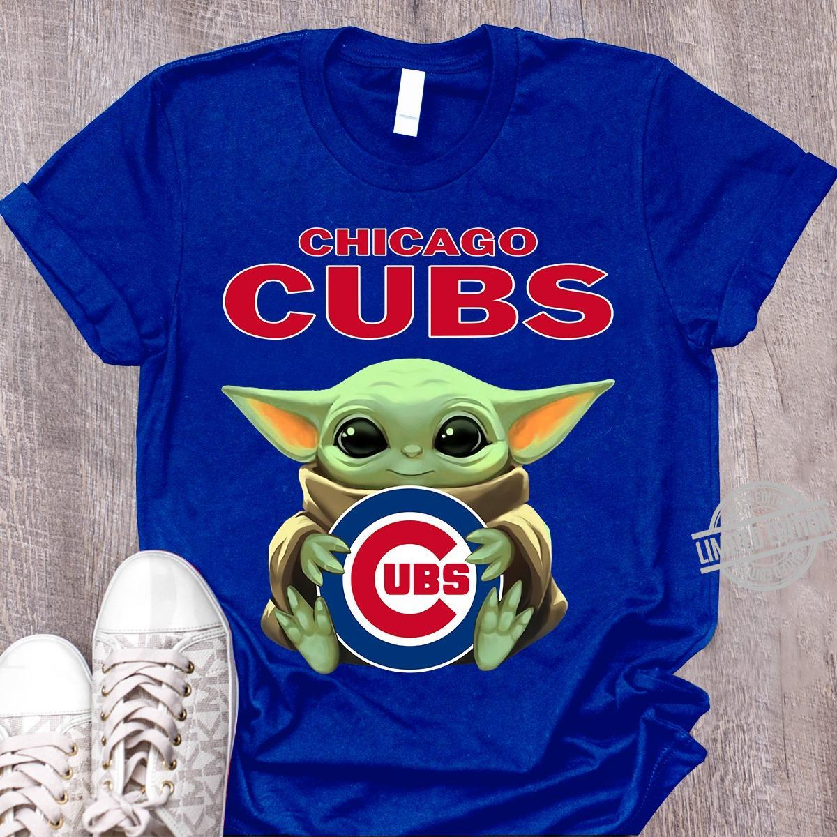 Baby Yoda And Chicago Cubs Shirt